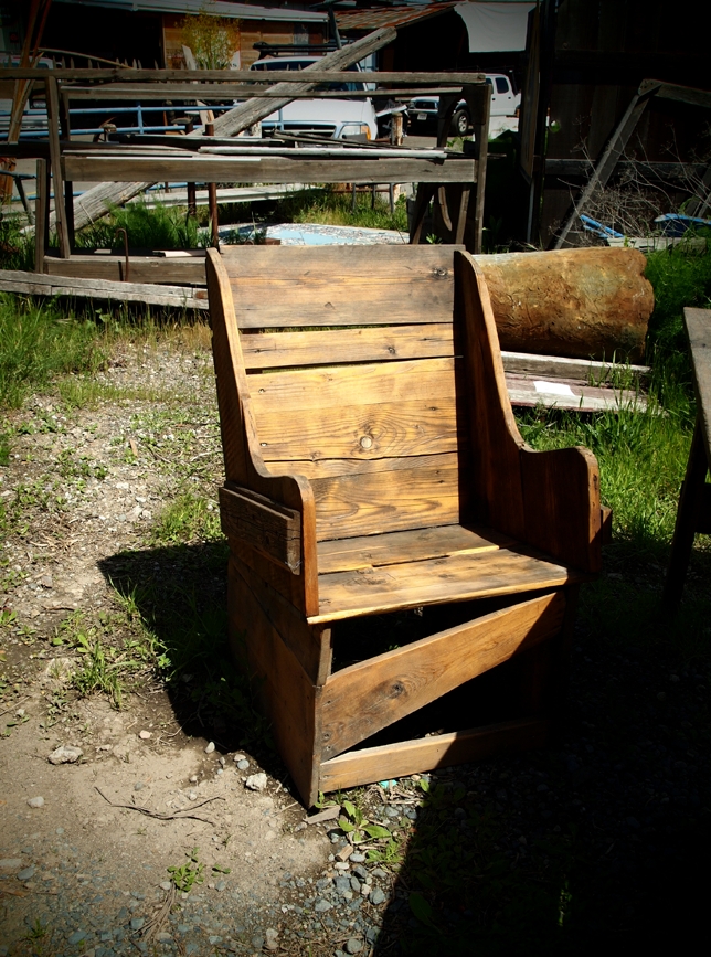 finds_chair